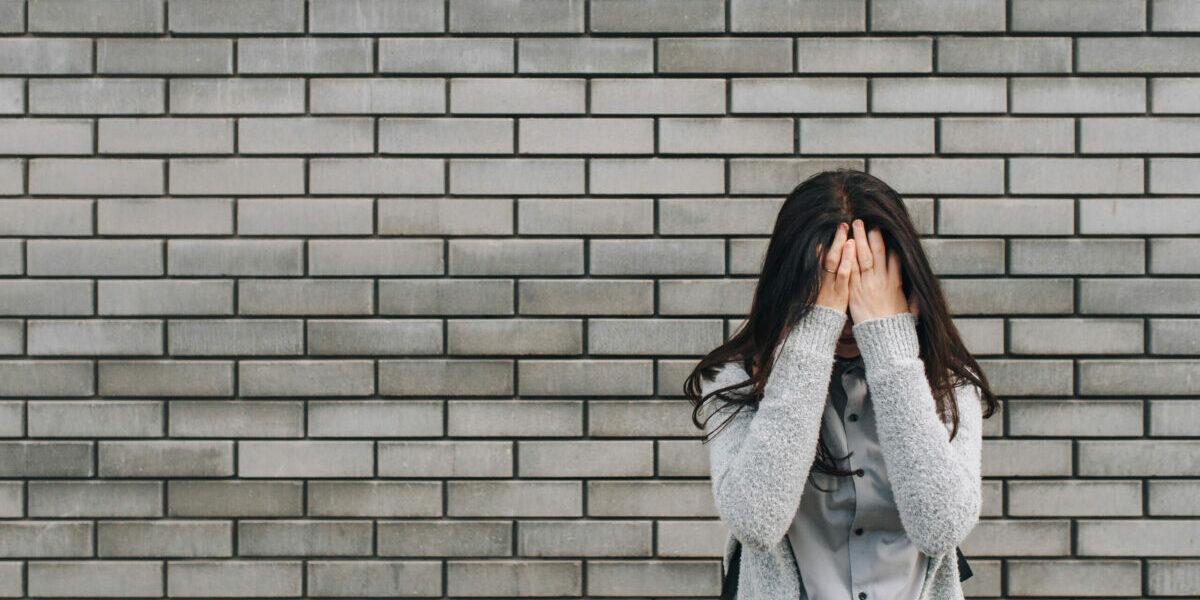 Pukkelschaamte of #acnepositivity? De schokkende resultaten van onderzoek naar acne